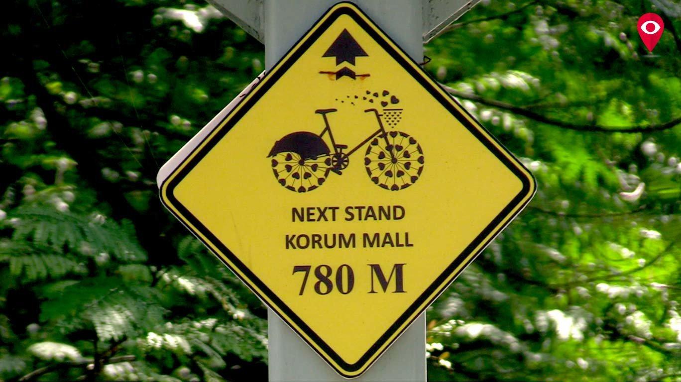 ट्रॅफिकवर भारी सायकल स्वारी!