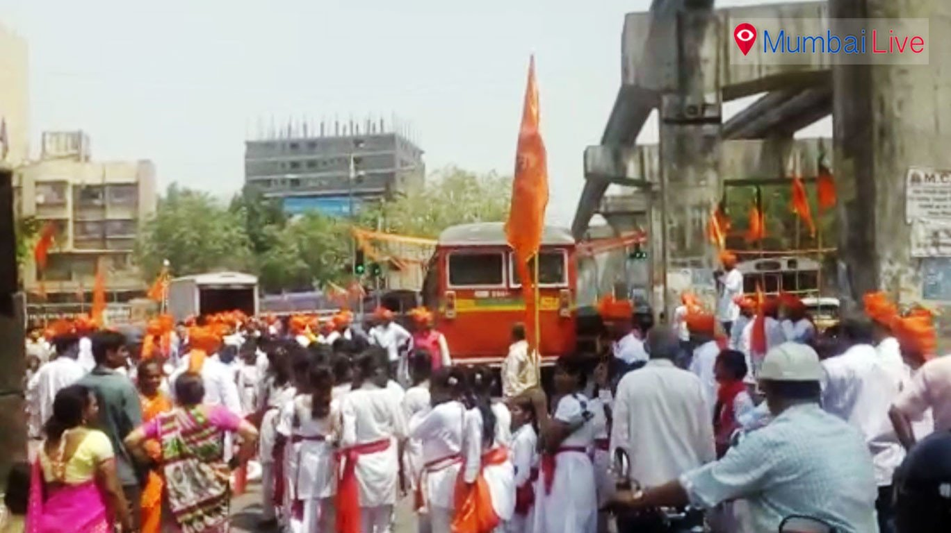 Chembur's Gudi Padwa procession showcases Bollywood stars' lookalikes