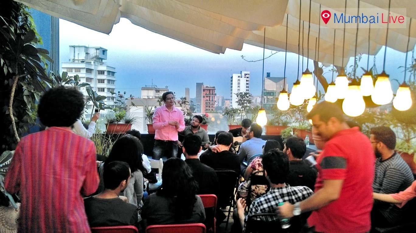 Bandra hosts show for budding Facebook poets