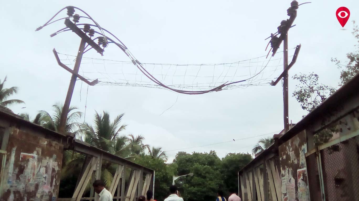 Death trap on GTB Nagar foot over bridge?