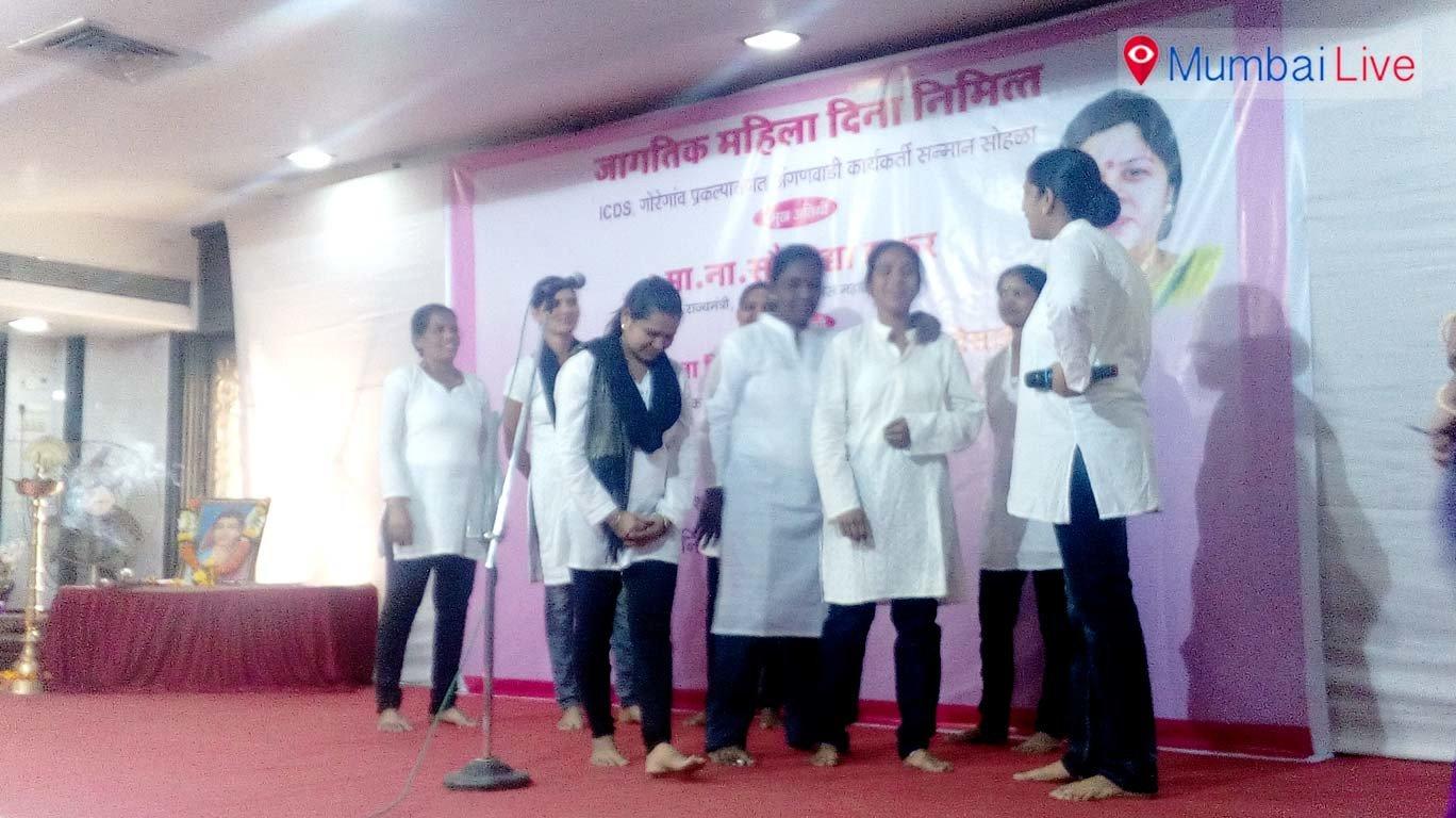 ICDS felicitates 7 anganwadi volunteers