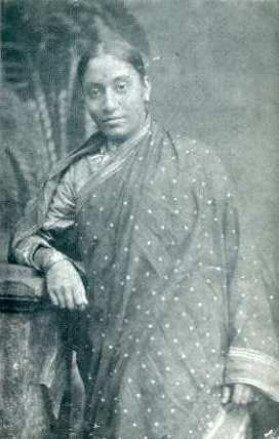 पहली महिला डॉक्टर रुखमाबाई के लिए पति से बेहतर थी जेल, गूगल ने दी सलामी!