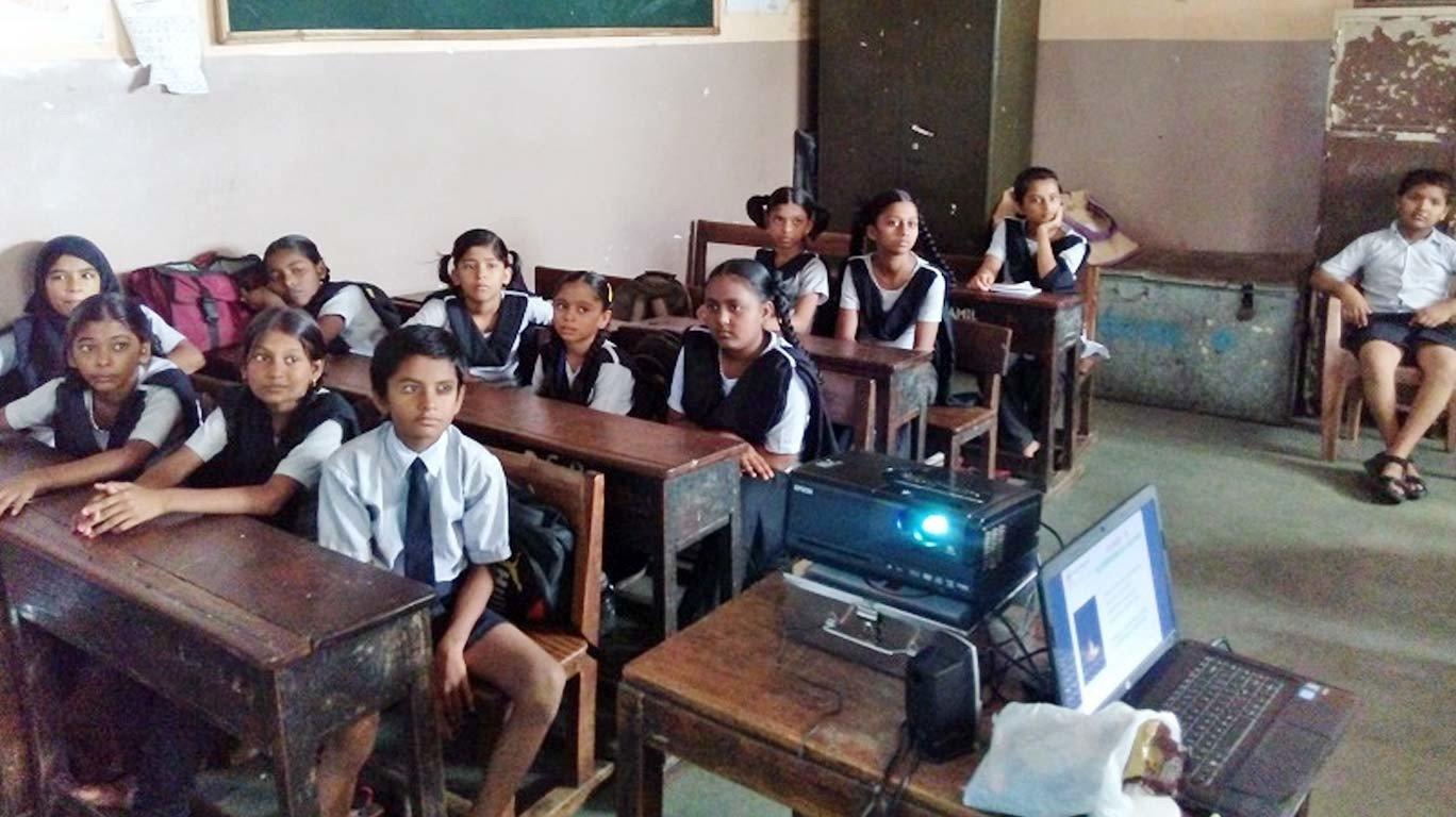राज्याचा स्कूल सेफ्टी प्रोग्राम 'धोक्यात'