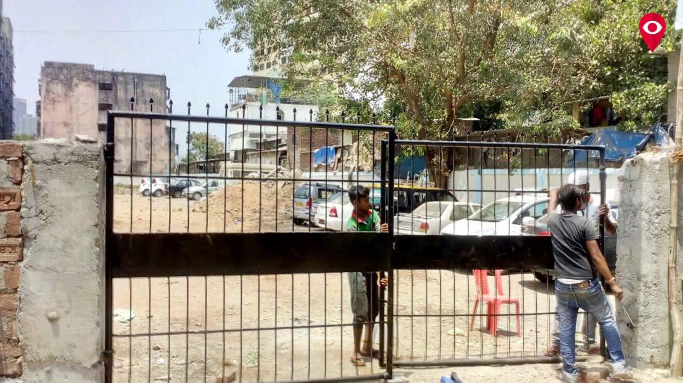 'मुंबई लाइव्ह'च्या दणक्यानंतर 'राजश्री शाहू विद्यालया'च्या जागेवरील पार्किंग हटले