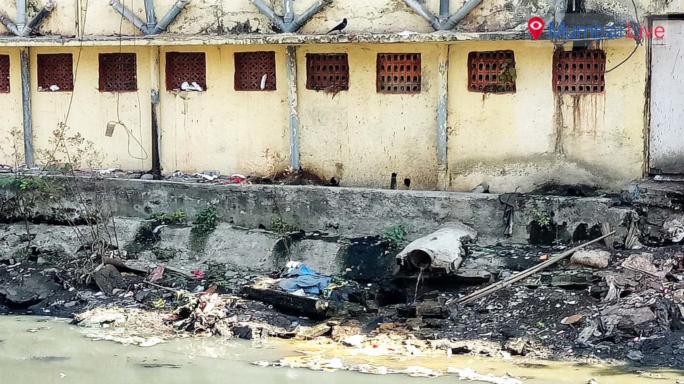 Residents face toilet woes