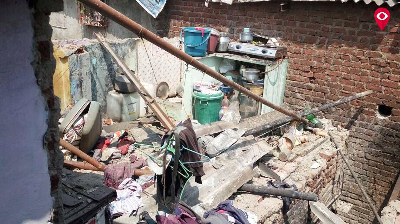 वडाळ्यात विजेच्या तारेमुळे चोरटा गंभीर जखमी, तीन घरे उद्ध्वस्त