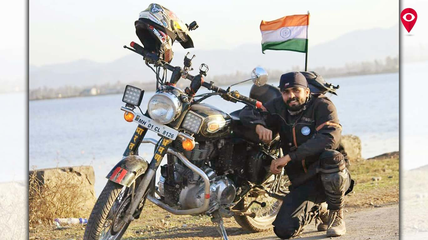 बाईकवर आख्खा देश फिरणारा मुंबईचा पोलीस!