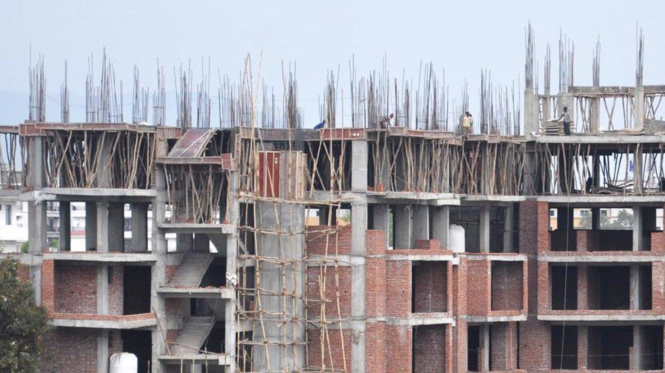 बिल्डरांना दे धक्का... चालू प्रकल्पांना 'रेरा'तून वगळण्याची याचिका फेटाळली