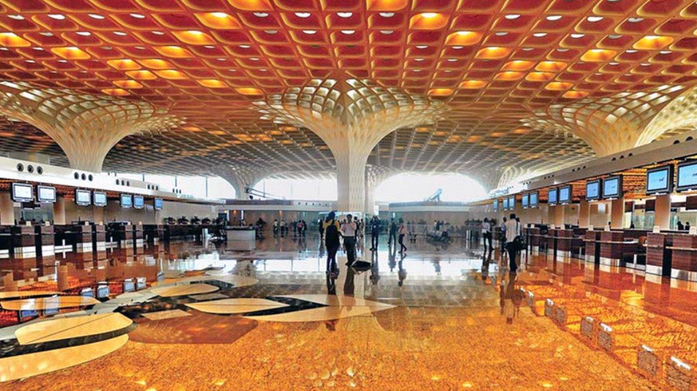मुंबई विमानतळाचा मुख्य रन वे ६ तास बंद