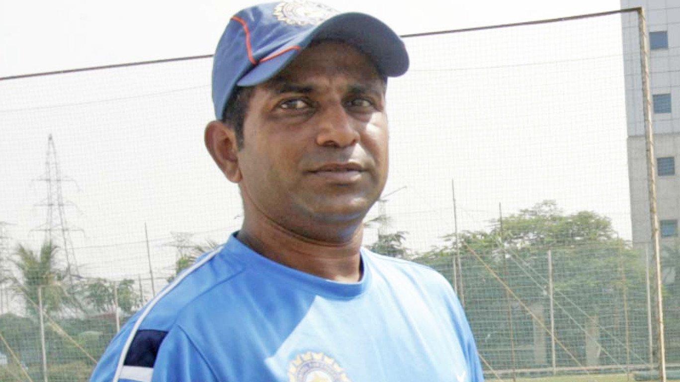 समीर दिघेंचा मुंबईच्या प्रशिक्षकपदाचा राजीनामा