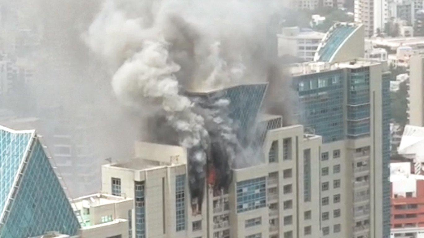 ऊंची इमारतों में लगी आग को बुझाने का साधन है दमकल विभाग के पास?