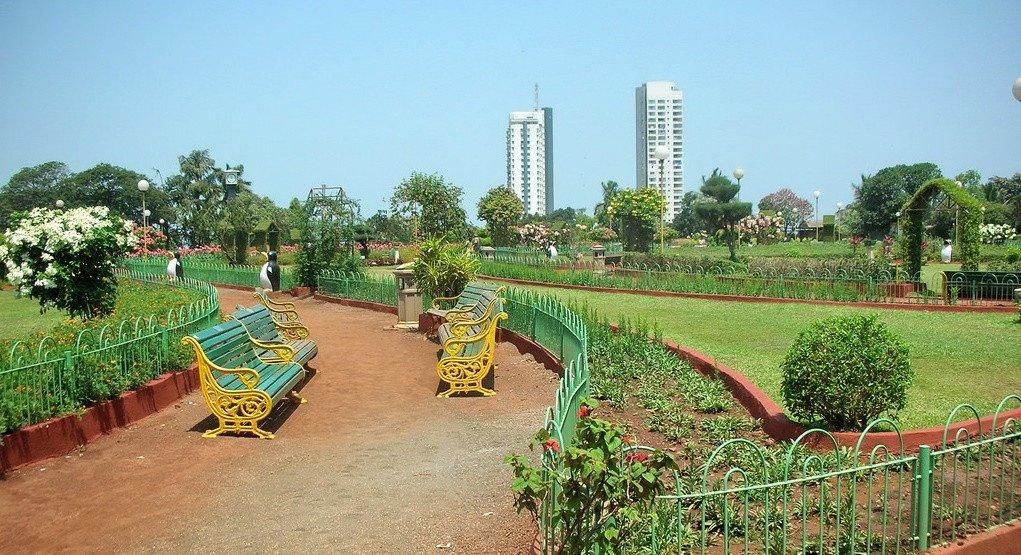 मुंबई की इन खास 10 जगहों पर लें बारिश का जमकर मजा
