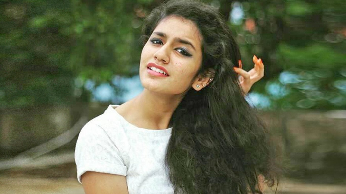 प्रिया प्रकाश ने मुंबई में किया पहला ऐड शूट, फीस जान उड़ जाएंगे होश