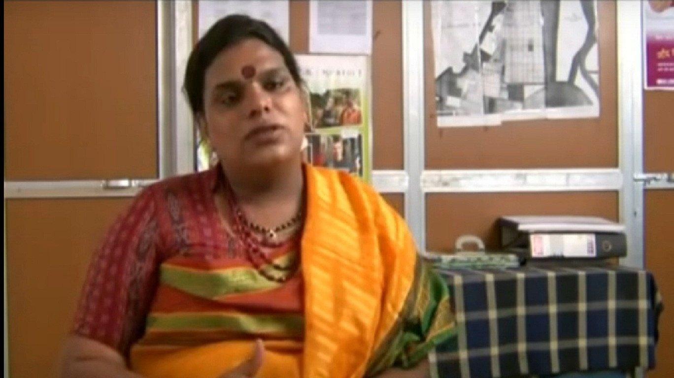 मुंबई की ये ट्रांसजेंडर महिला बच्चो के लिए बनाएगी आशियाने