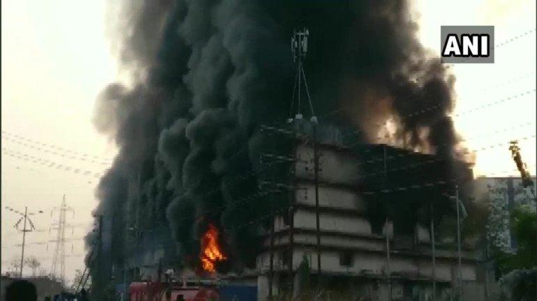 अंबरनाथ के केमिकल फैक्टरी में लगी आग