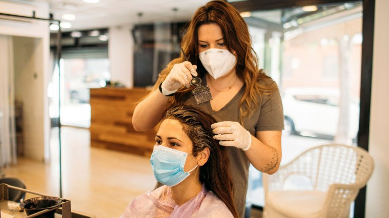 Salons and parlours in Mumbai to operate without AC; Mayor Kishori Pednekar issues warning