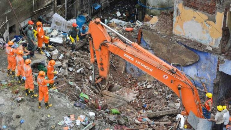 Bhiwandi building collapsed : हाईकोर्ट ने सरकार और BMC सहित 4 नगर निकायों से 2 हफ्ते में मांगा जवाब