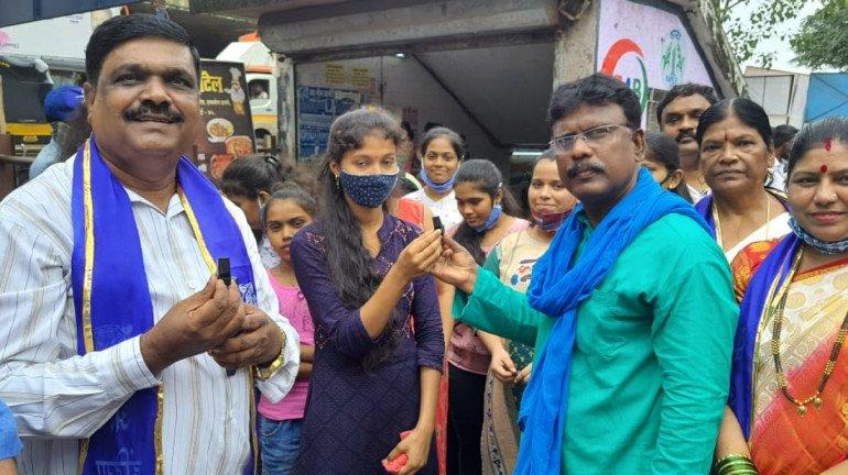 अखिल भारतीय ब्लू टाइगर के माध्यम से महिलाओं के लिए सुरक्षा कवच के रूप में सीटी का वितरण