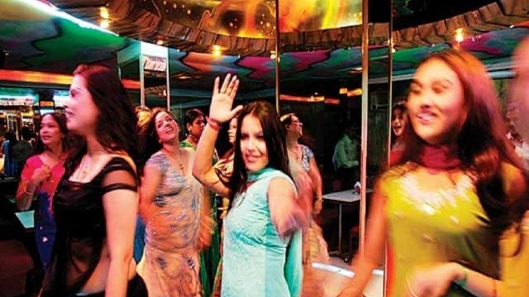 A Dance Bar Sting Operation In Thane Leads To 2 Cops Being Suspended And 2 Being Transferred