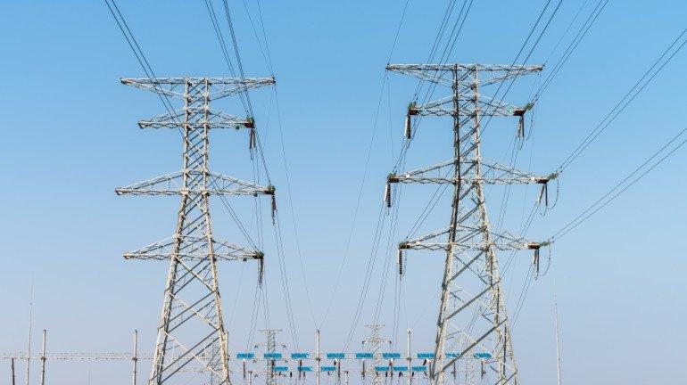 Mumbai: 127 booked for rigging power meters
