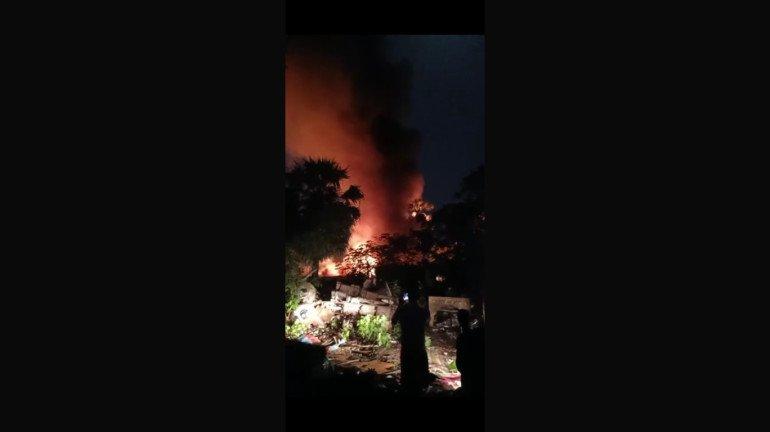 मालाड मालवणी के चीकू वाड़ी में लगी आग