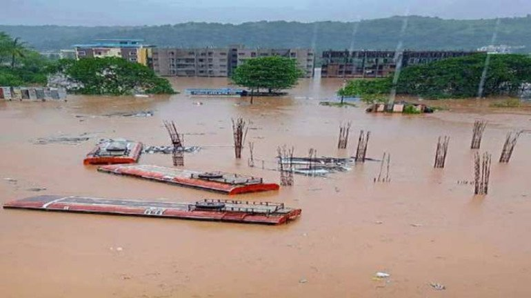 Centre approves INR 700 crore aid for farmers affected with the floods in Maharashtra