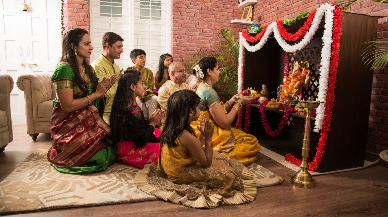 This Ganesh Chaturthi, secure your health with insurance from Bajaj Finance