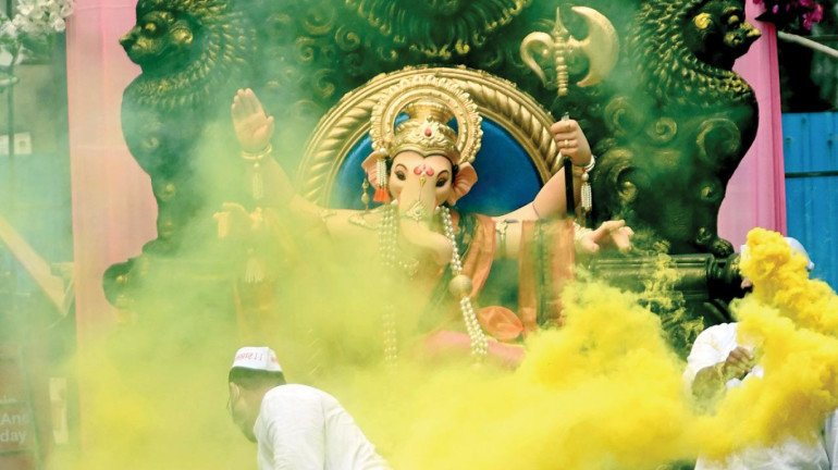Akin to last year's guidelines, no visitors allowed inside Ganpati Pandals