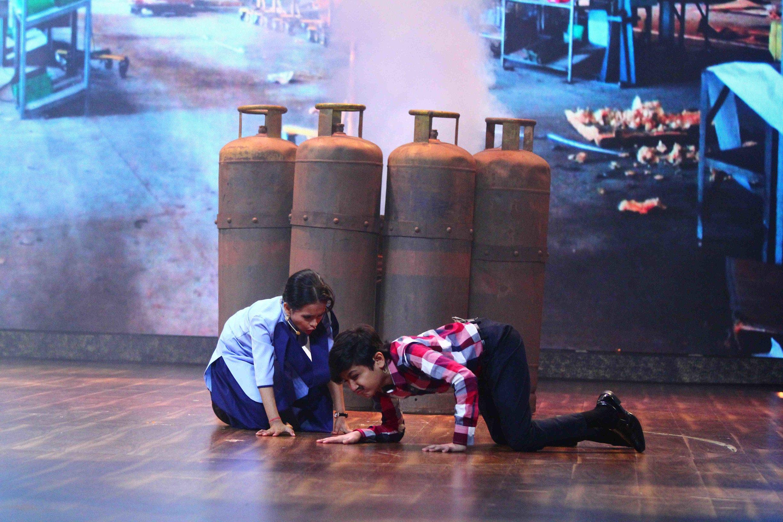 Dramebaaz contestants Shreesha and Dipali Borkar make Vivek Oberoi emotional