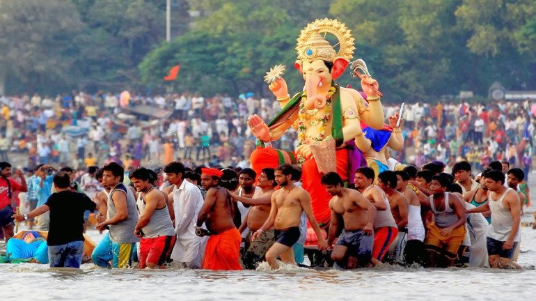 BMC bans direct immersion of the Ganesh idol