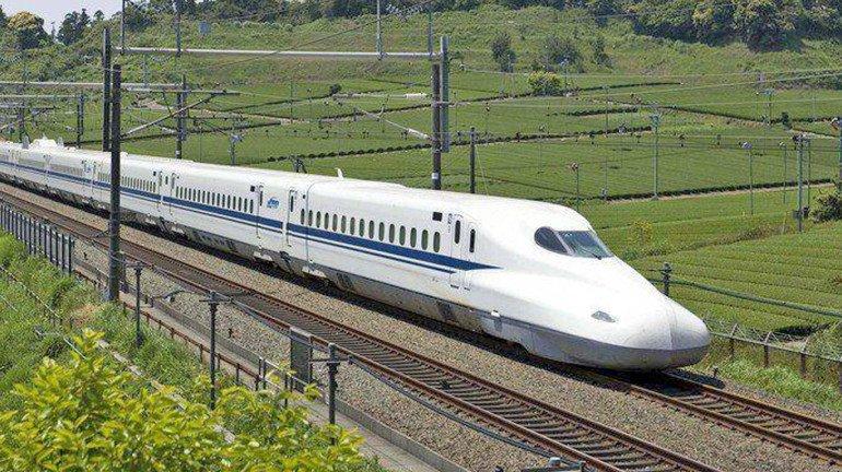 Mumbai-Ahmedabad Bullet Train Project Gains Momentum