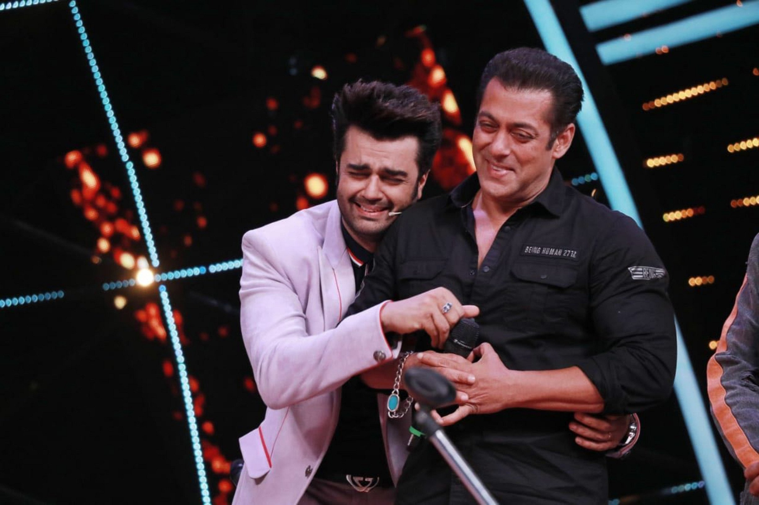 Indian Idol 10 : Salman Khan and Maniesh Paul's jugalbandi you shouldn't miss this weekend