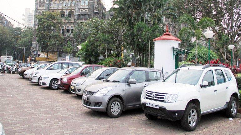 मुंबईत अवैध पार्किंग केल्यास १० हजार रुपयांपर्यंत दंड