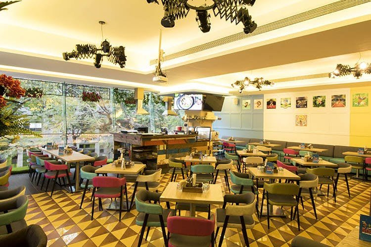 एक ऐसा रेस्टोरेंट जहां क्विज खेलो और खाने के बिल पर पाओं छूट!