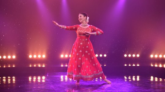 Gauahar Khan to dance with her twin on Sony Music India's
