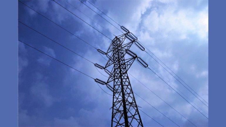 AAP पाठोपाठ महाराष्ट्रातही १०० युनिट वीज मोफत…