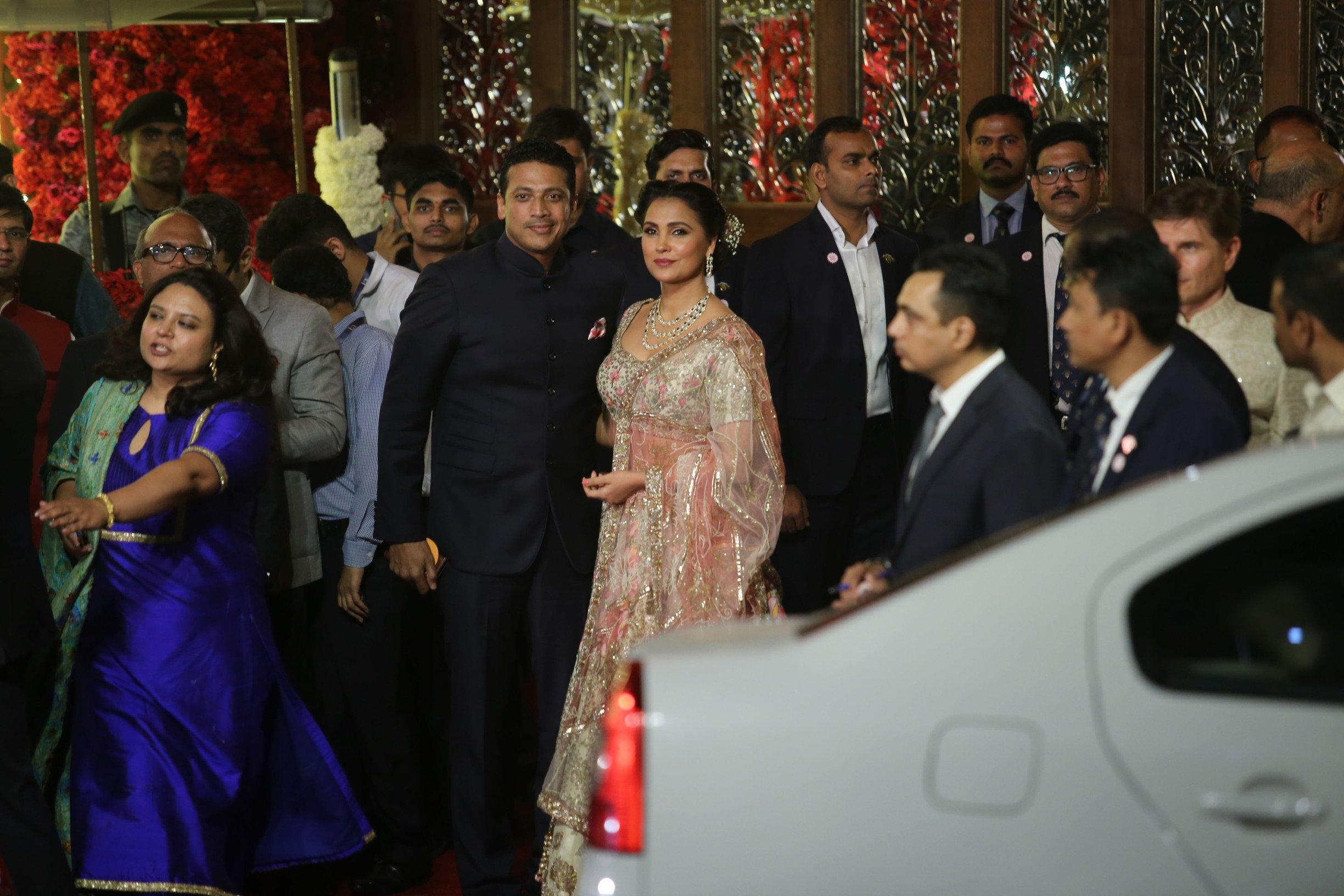 In Pics: Celebrities, Politicians, Businessmen grace The 'Isha Ambani-Anand Piramal' wedding