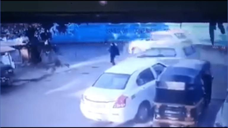 Speeding car hits girl in Jogeshwari