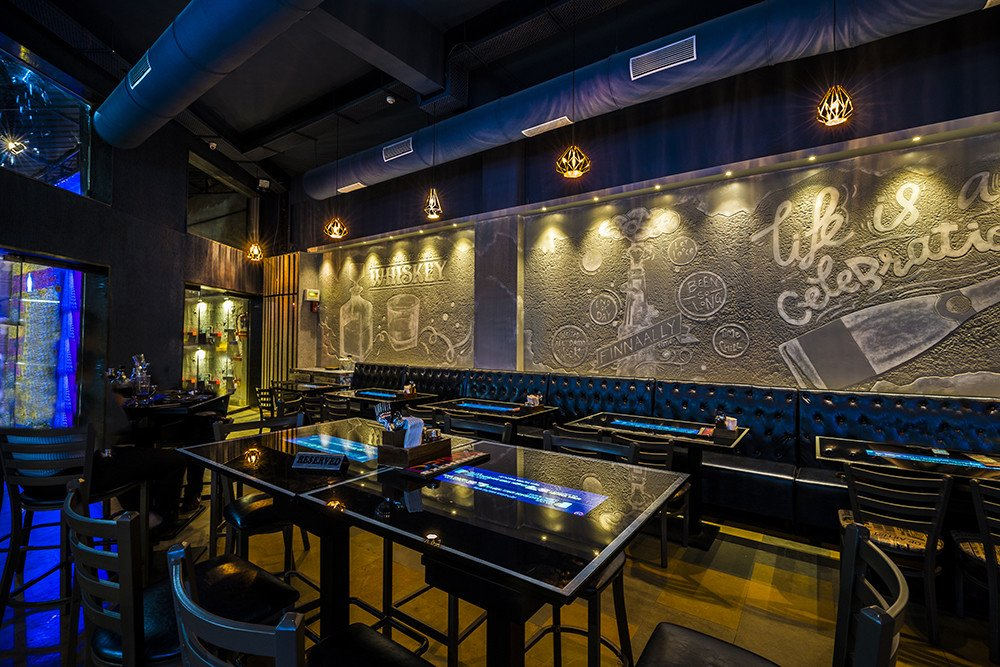 Drinx Exchange - India's First Bar with Interactive Smart Tables