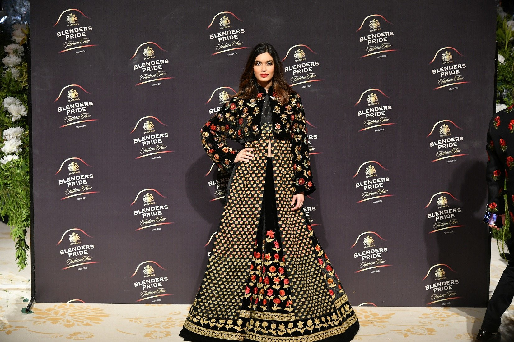 Rohit Bal showcases the 'Gul-Dastah' collection at the Mumbai edition of Blenders Pride Fashion Tour 2019