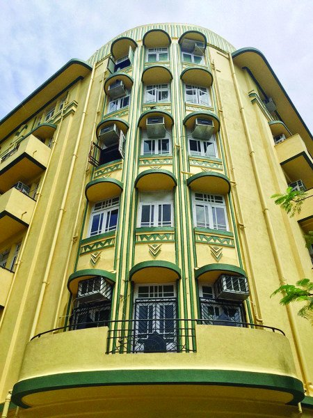 Bombay Deco: A perfect blend of the Victorian Neo-Gothic and the Indian style
