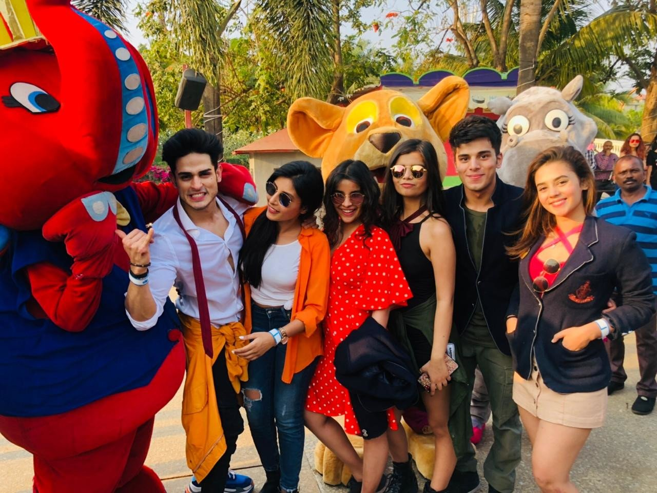 AltBalaji's 'Team Puncch Beat' goes on a picnic to relive college days