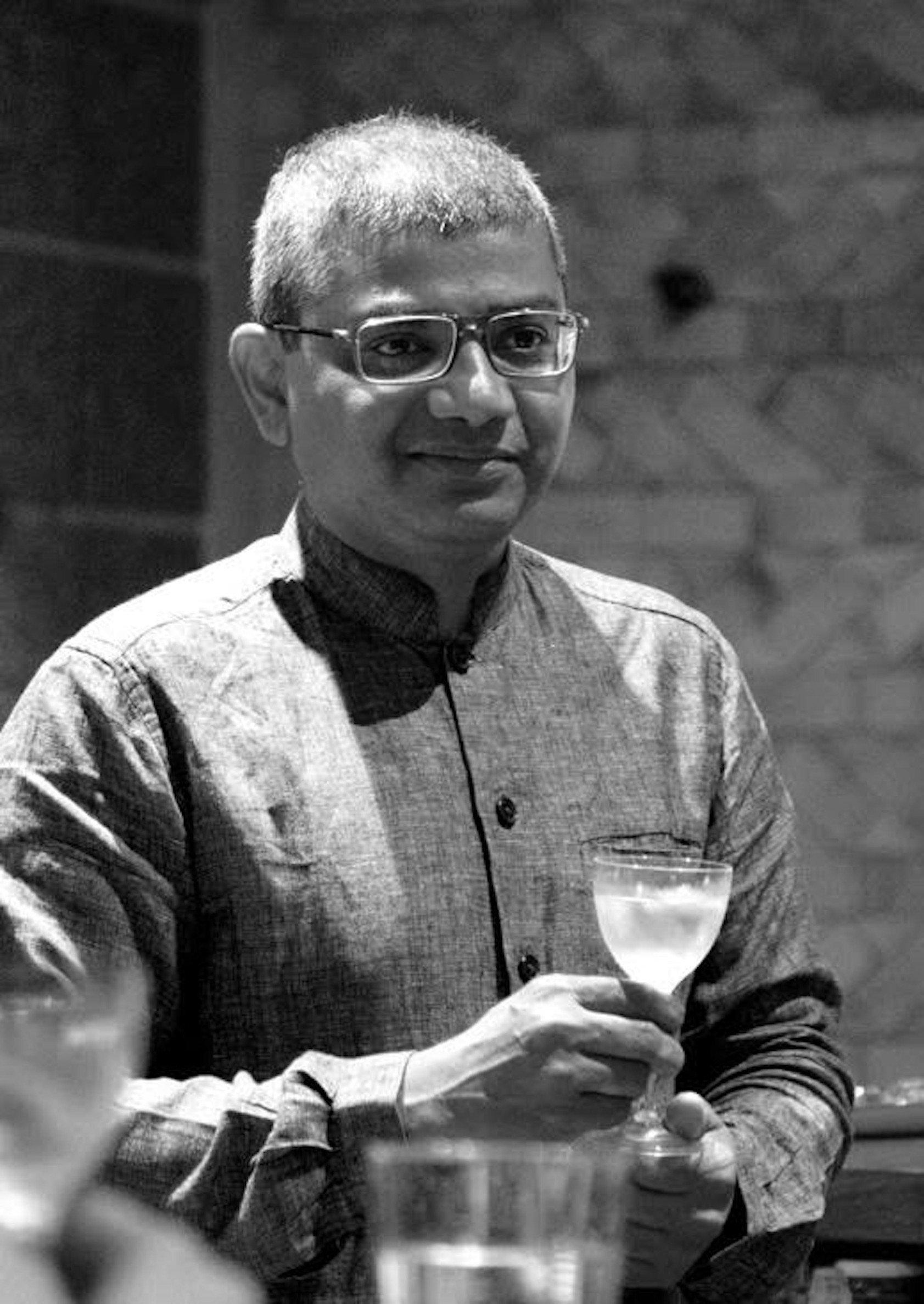 Beverage enthusiasts from Mumbai enjoy India's Luxury Beverage Festival 'The Vault Biennale'