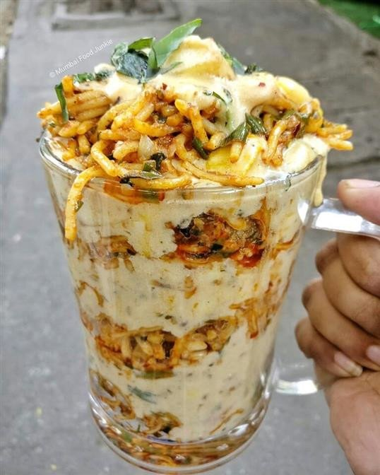 नूडल्स शेक ट्राय केलंत का?
