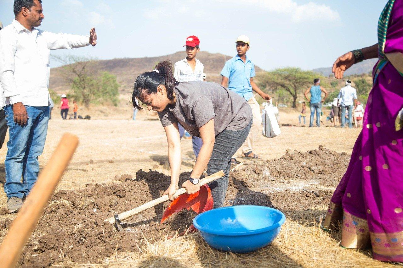 आमिर खानच्या 'पाणी'साठी स्पृहा करणार श्रमदान