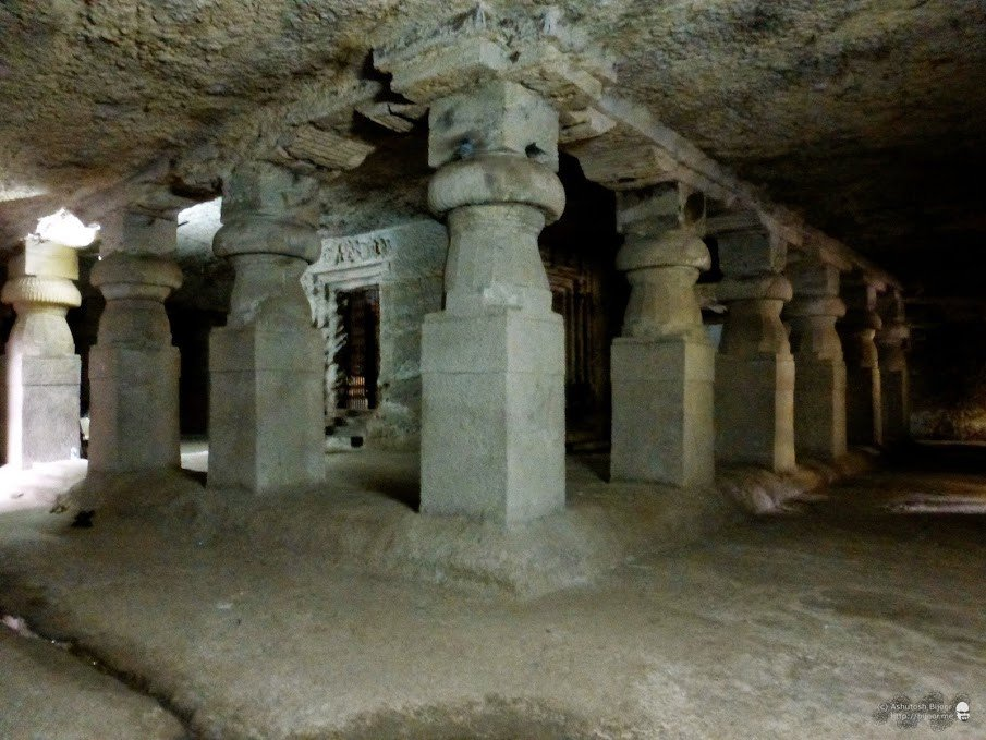Jogeshwari Caves: These 1500 year old caves are the largest in Mumbai
