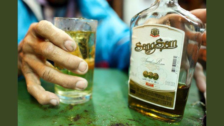 भारत सहित दुनिया भर में शराबियों की संख्या में इजाफा
