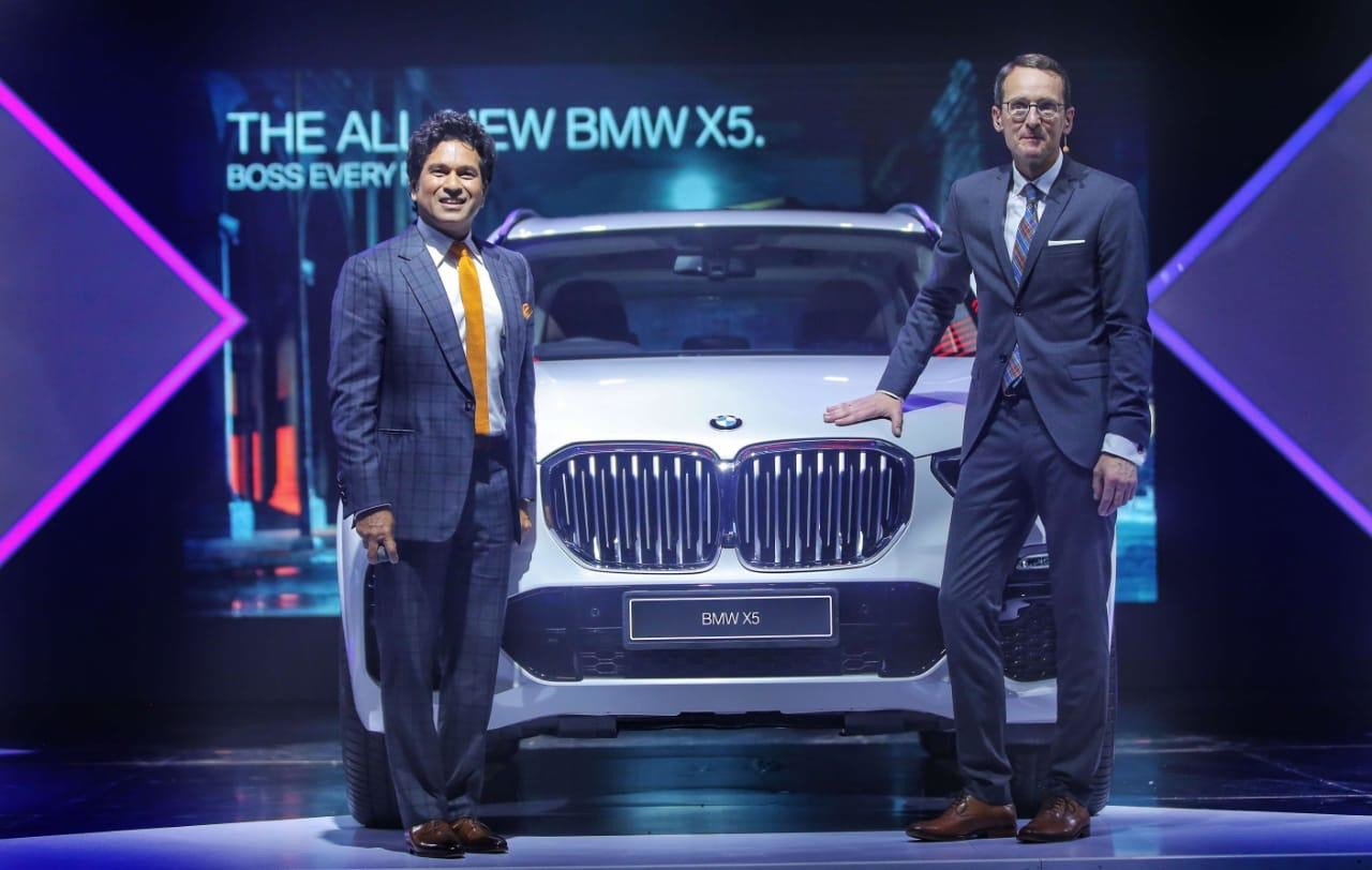 Sachin Tendulkar unveils the all-new BMW X5 in Mumbai