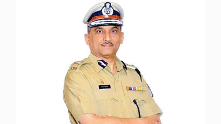 Police commissioner of Mumbai's retirement to extend for three months