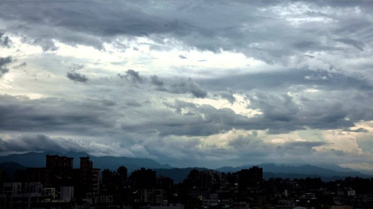 Monsoons likely to arrive on Monday